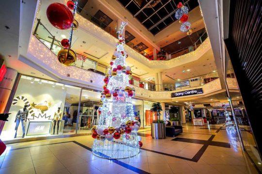 Décoration Noël Centre Commercial Sapins Décoré