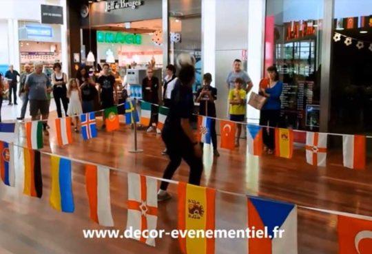 Animation foot Freestyle Centre Commercial en vidéo